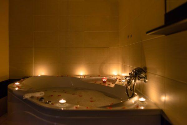 Banheira decorada Momentos românticos
